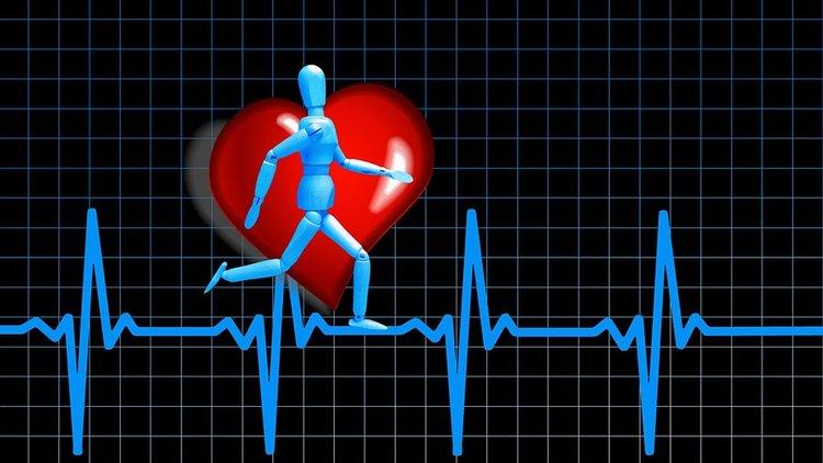 Sykemittarin käyttö lenkillä lisää oman kehon tuntemusta.