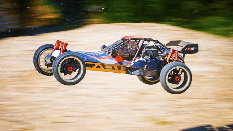 RC-auto on pienoisautoilijan harrastusväline.