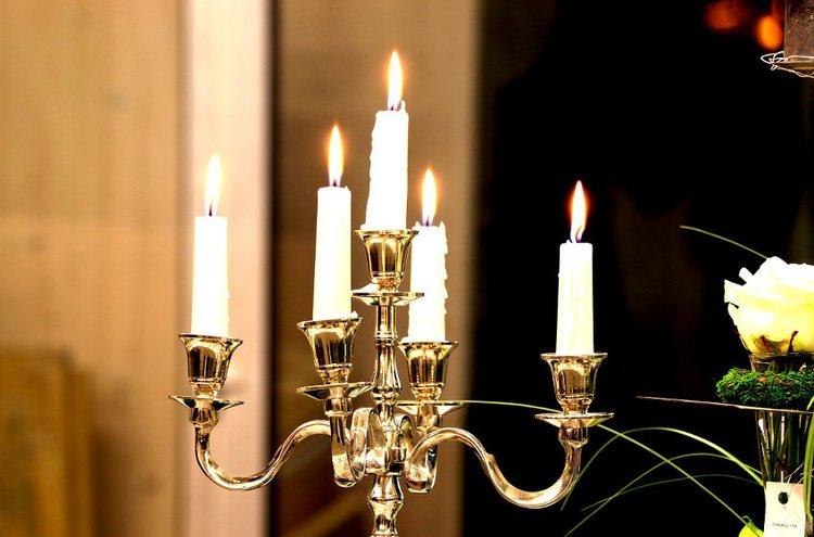 Kynttilät sopivat arkeen ja juhlaan.