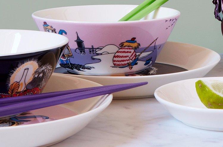 Arabia on yksi tunnetuimpia tuotemerkkejä Suomessa. Arabian Muumi-astiat ovat todella suosittuja.