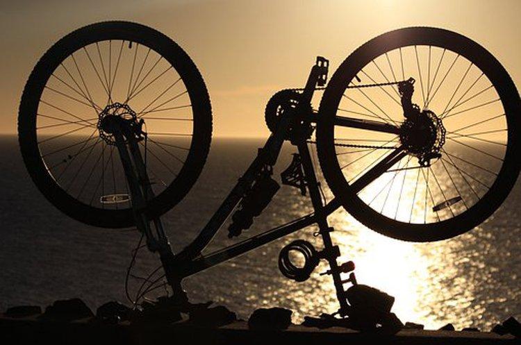 Pyöränrenkaat löytyvät kätevästi myös netistä.