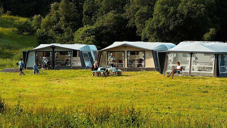 Karavaanari tarvitsee kunnon telttatarvikkeet.