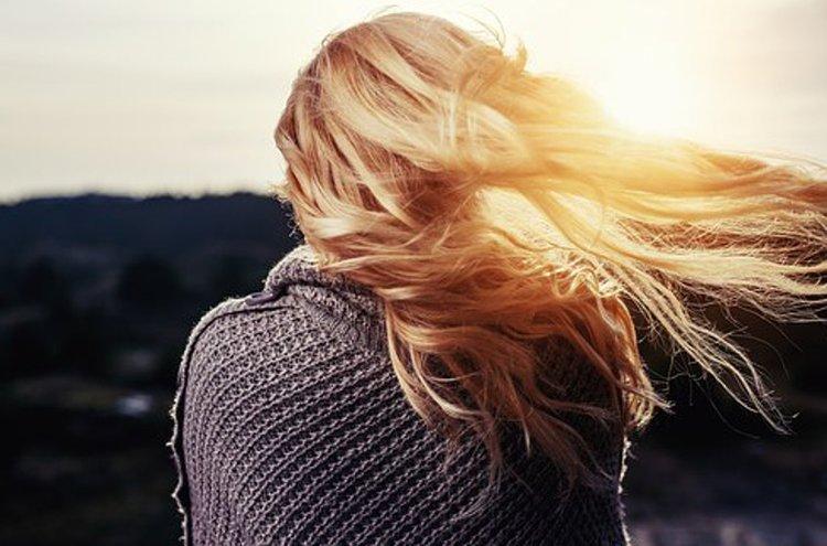 Hiustenhoitotuotteet tulee valita hiustyypin perusteella.