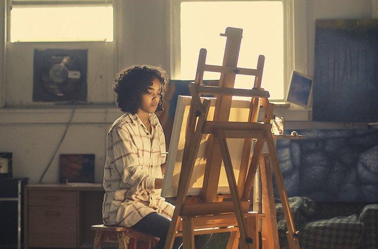 Maalaaminen on rentouttava harrastus.