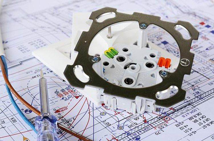Sähkötarvikkeet mahdollistavat toimivan nykyaikaisen kodin.