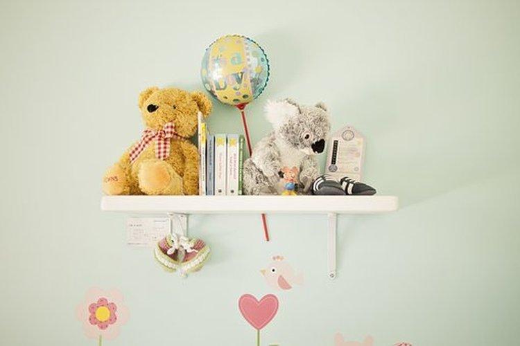 Lelut ja lastentarvikkeet ovat lapsiperheissä tuttuja sisustuselementtejä.