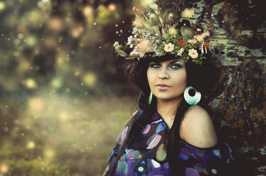 Luonnonkosmetiikka tarjoaa näyttävän, mutta hellävaraisen vaihtoehdot ihoa ja ympäristöä rasittavaan kemikaalikuormaan.