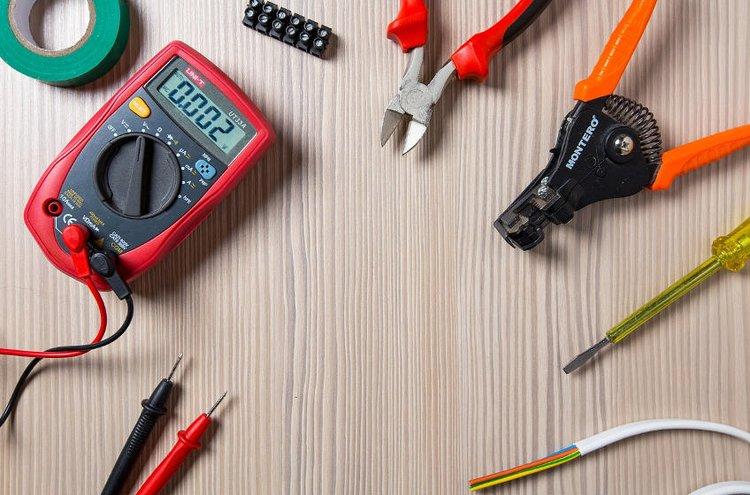 Huolellinen sähköasennus ja laadukkaat asennustarvikkeet takaavat sähkölaitteiden turvallisen toiminnan.