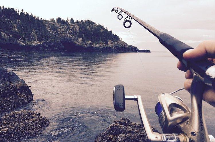 Viehekalastus koukuttaa kaiken ikäisiä kalastajia.