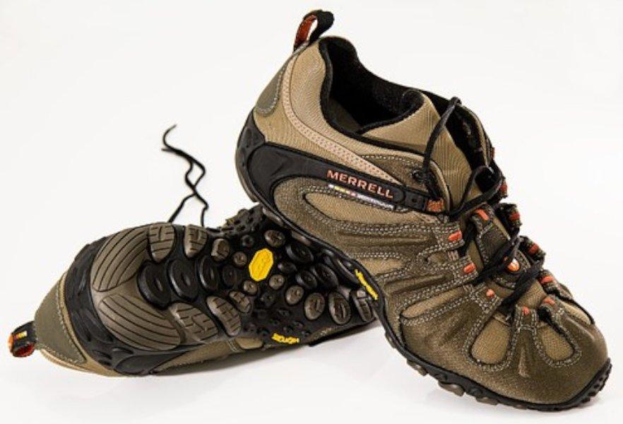 Vapaa-ajan kenkien mukavuus on tärkeä seikka kenkiä valittaessa.