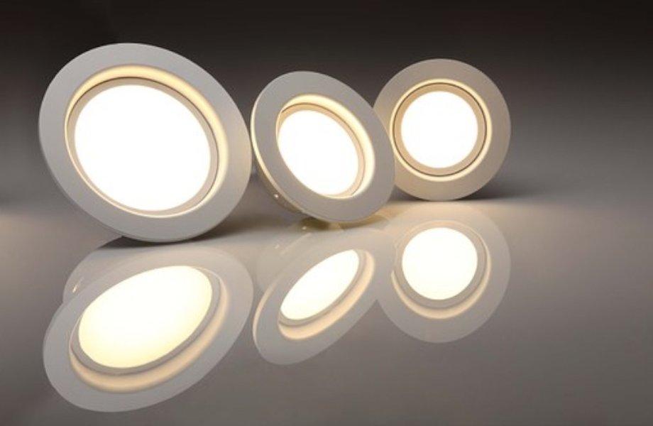 Led-valaisimilla saa tyylikästä valaistusta kodin jokaiseen huoneeseen.