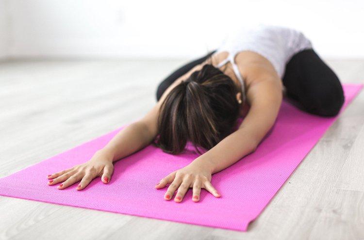 Kehonhuolto on tärkeää meille kaikille. Se ehkäisee liikunnassa syntyviä vammoja ja jumeja, rentouttaa mielemme ja piristää mielialaamme.