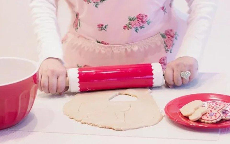 Tee leipominen mukavaksi ihanien leivontatarvikkeiden avulla.