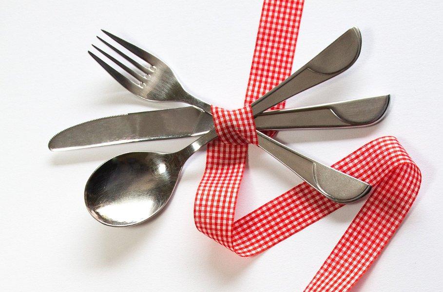 Aterimet ovat arjen uskollisia palvelijoita! Ne ovat mukana jokaisella arki- ja juhla-aterialla vuosikymmenestä toiseen.