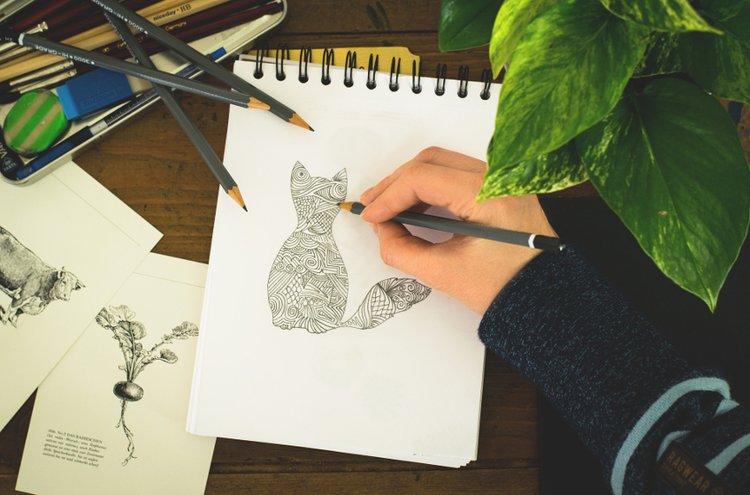 Askartelupaperit- ja kankaat nyt rohkeasti esiin! Kuka vain voi oppia piirtämään!