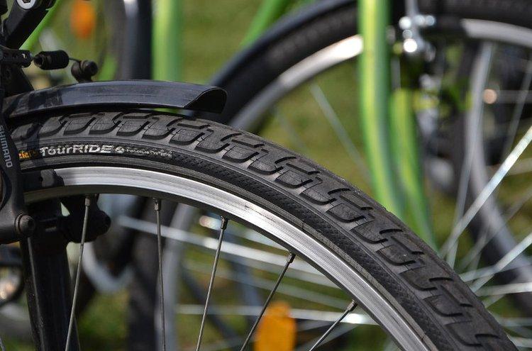 Pistosuojattu polkupyörän ulkorengas on luotettava kumppani pitkäksi aikaa.